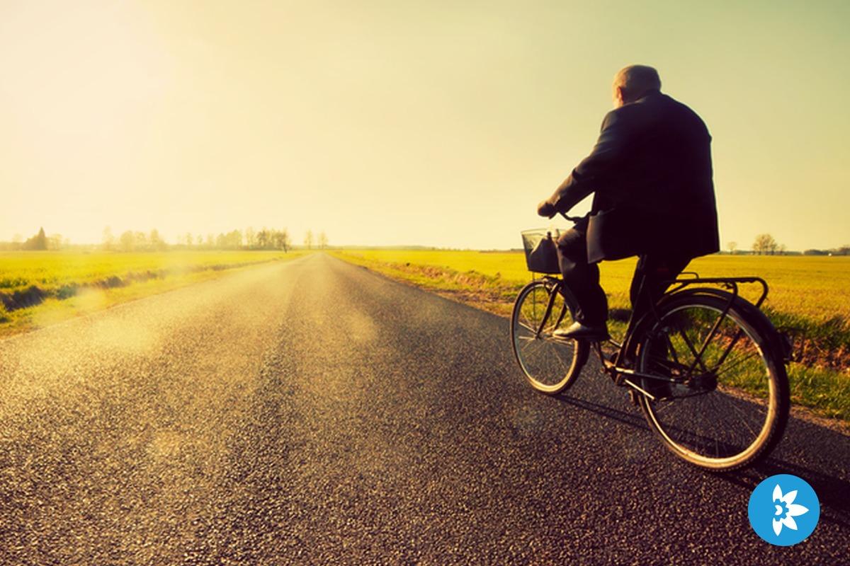 Man op fiets door eHealth