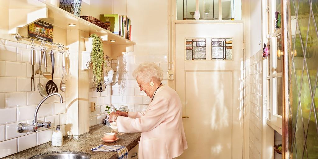 Veilig thuis wonen met personenalarmering