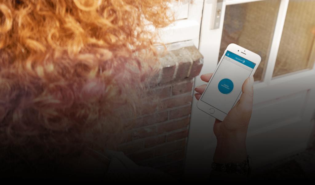 De elektronische deuropener gaat open met een app